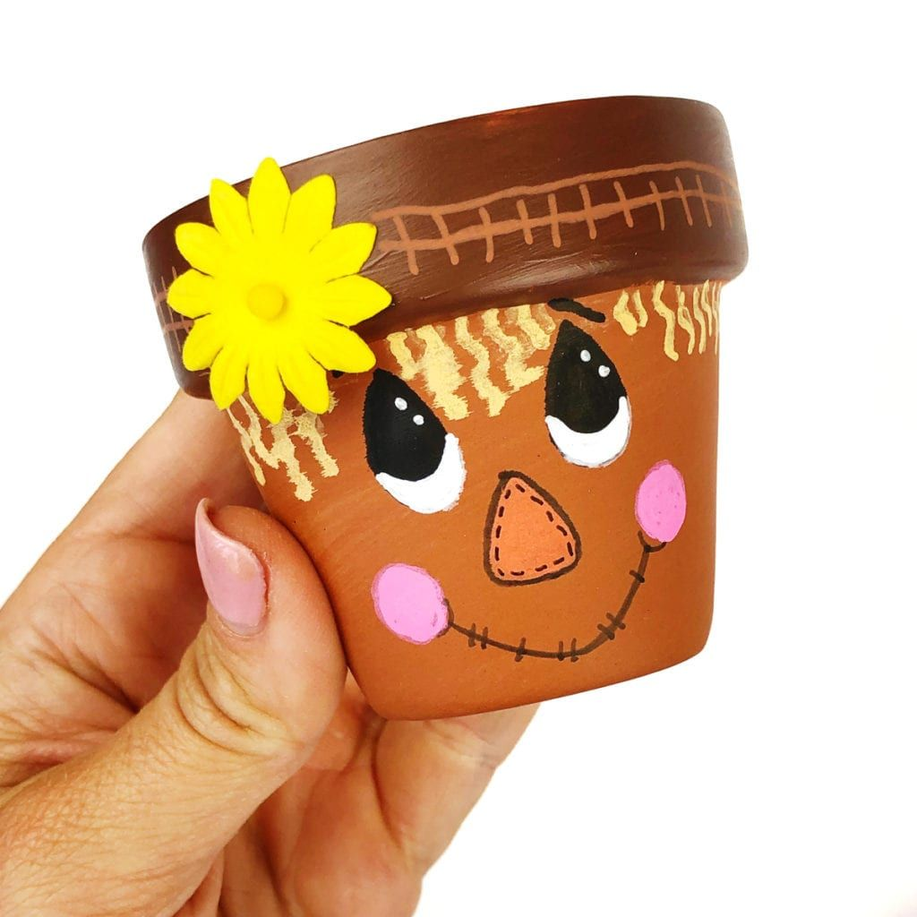 Scarecrow Flower Pot Craft #flowerpotsoutdoor