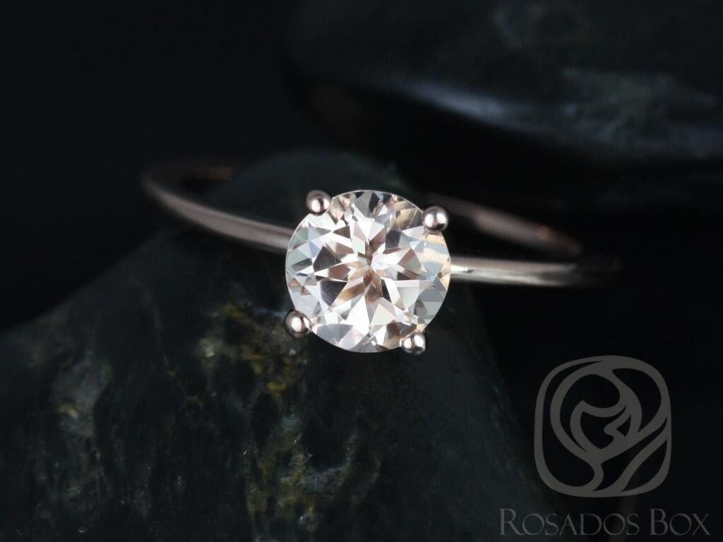 e5ac224ddc234 Pin by Grace D on Engagement Rings/ Bridal   Engagement rings, Round ...