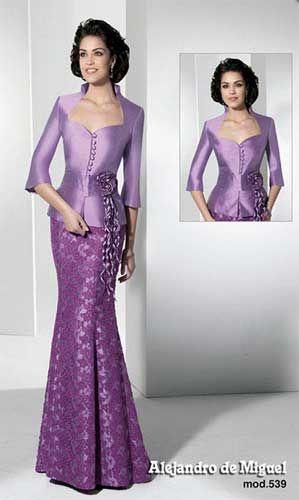 Vestidos de madrina de color morado | PURPURA | Pinterest | Vestido ...