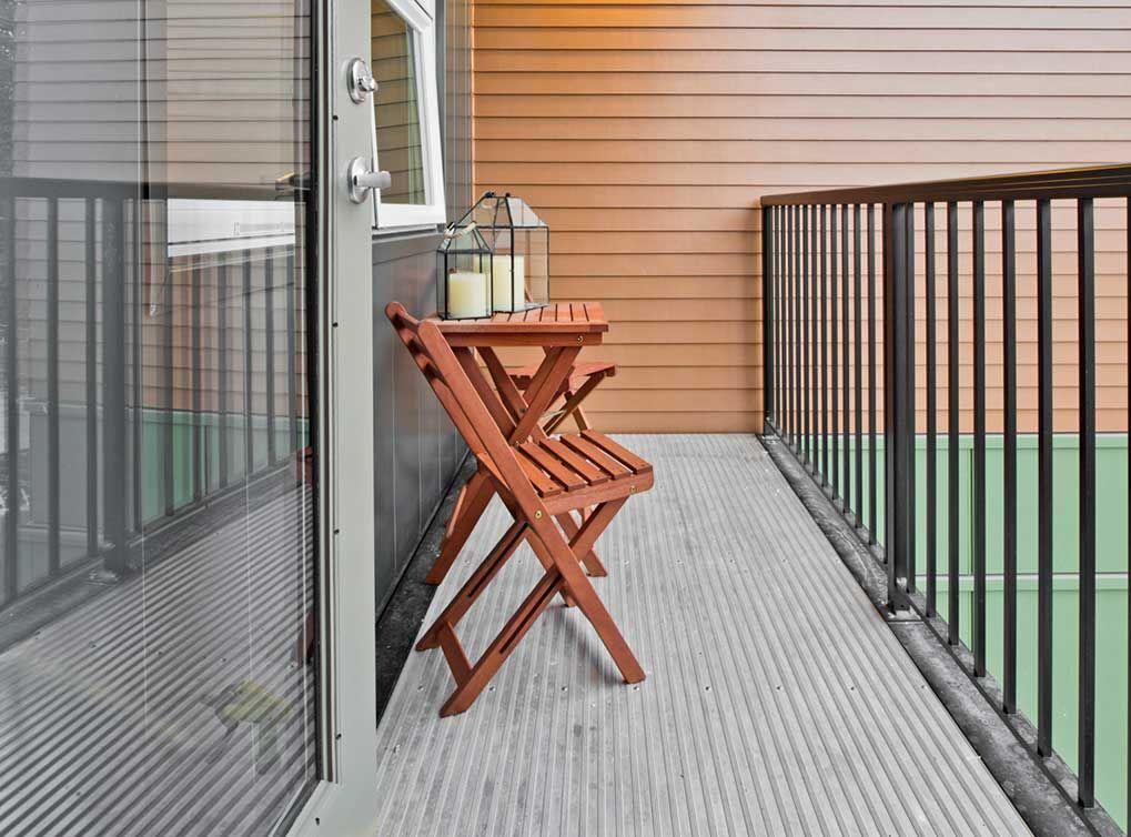 Select apartment homes at AMLI Mark24 feature a spacious