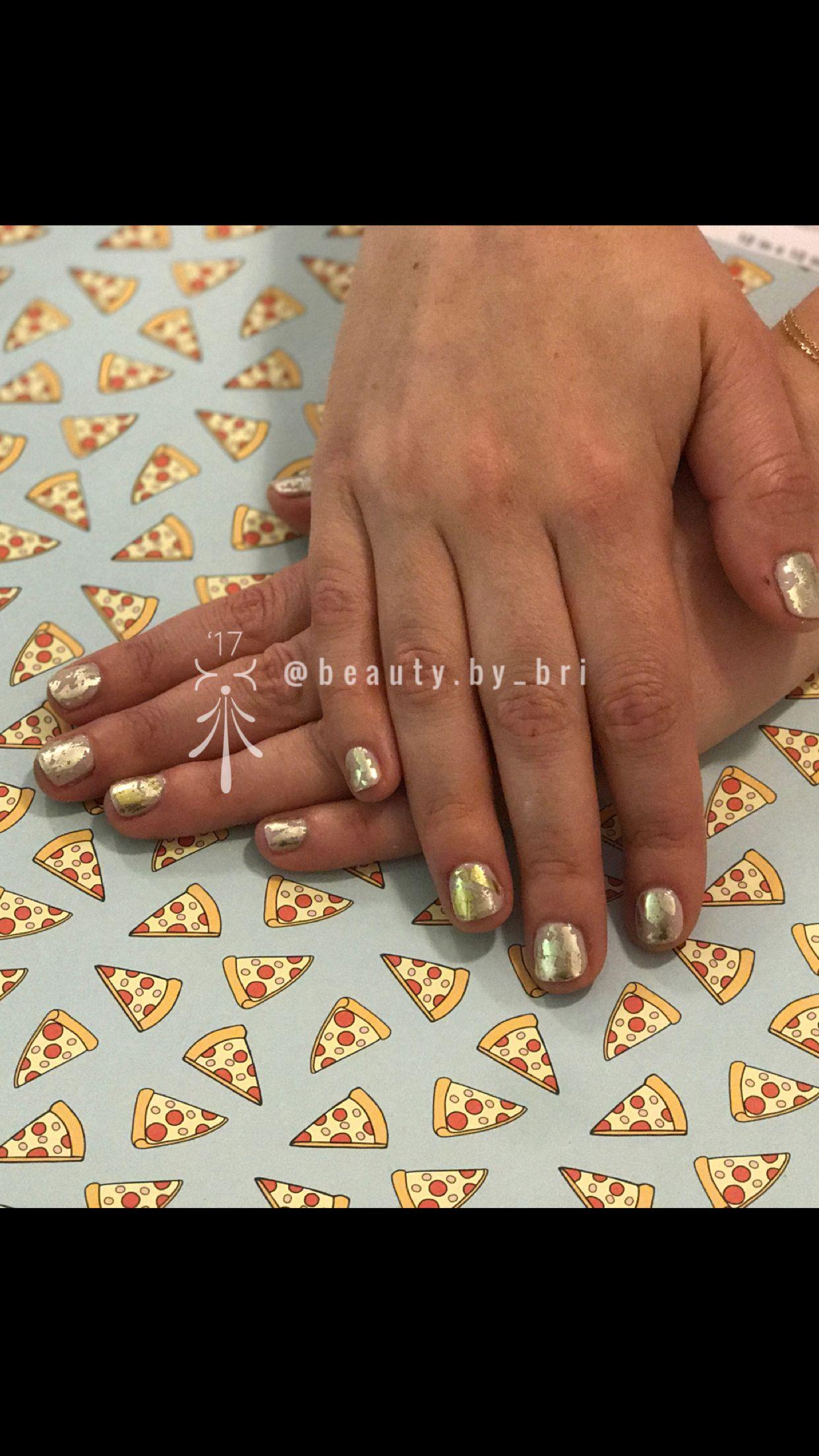 Gel manicure with foils! Foil nail art! Follow @beauty.by_bri on ...