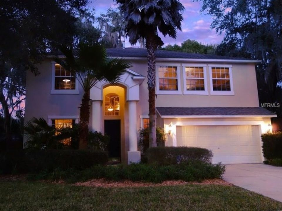 604 Apache Ln Seffner Fl 33584 Mls T2798339 Zillow Tampa Homes For Sale Home Zillow