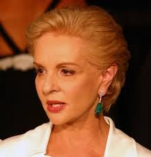 """Carolina Herrera known for """"exceptional personal style"""", and dressing First Ladies"""