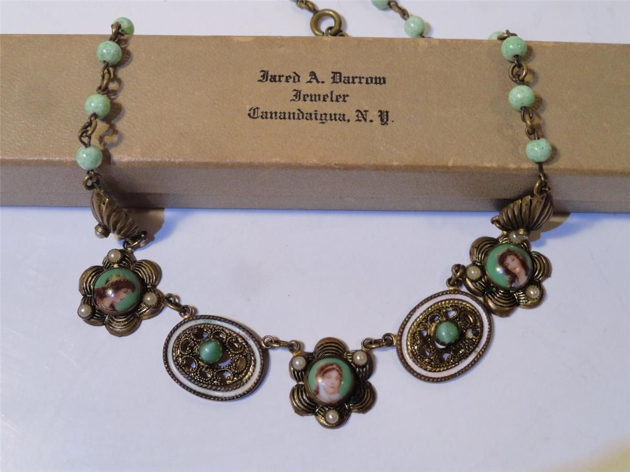 Antique Czech art Deco Necklace Pekin Jade glass beads Cameo Ladies