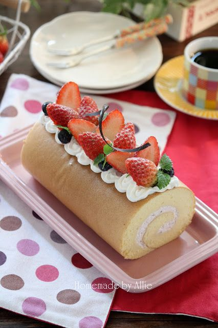 Photo of Allie's private paradise: strawberry cake roll