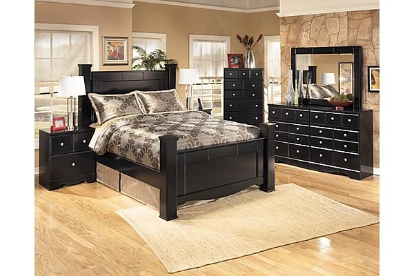 The Shay Poster Bedroom Set from Ashley Furniture HomeStore (AFHS - Poster Bedroom Sets