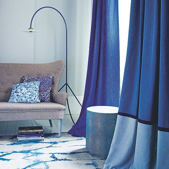 Blue Living Room With Indigo Curtains | Decorating