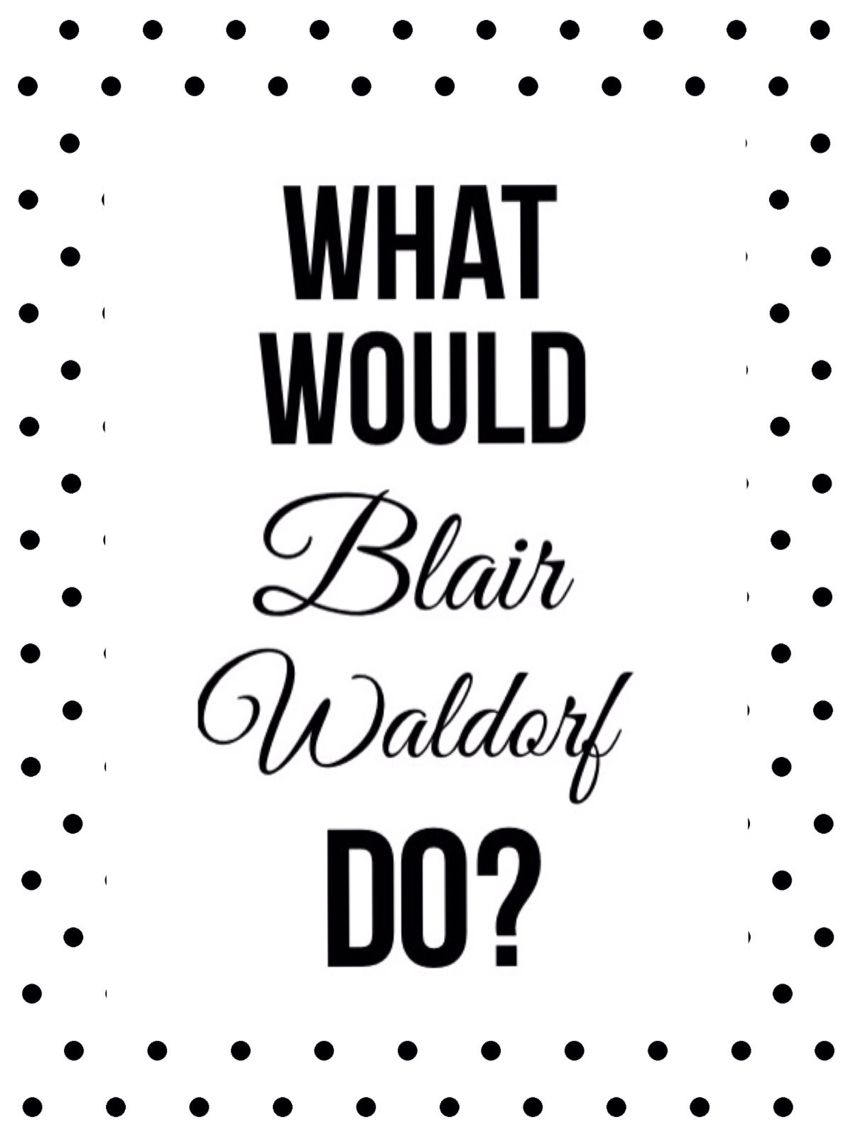 What Would Blair Waldorf Do? Photo Wall Ideas!