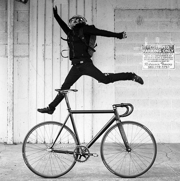 @kartier_ with the 2015 Leader Renovatio prototype. @pedalconsumption #renovatio2015prototype #leaderbikes #renovatio #leaderrenovatio #leaderbike #leaderbikeusa #leaderbikesusa #fixedgear #rosecityfix