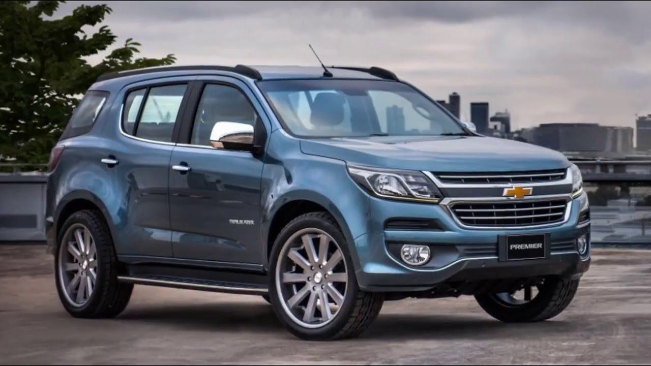 The chevrolet trailblazer car is a midsize suv that can handle the