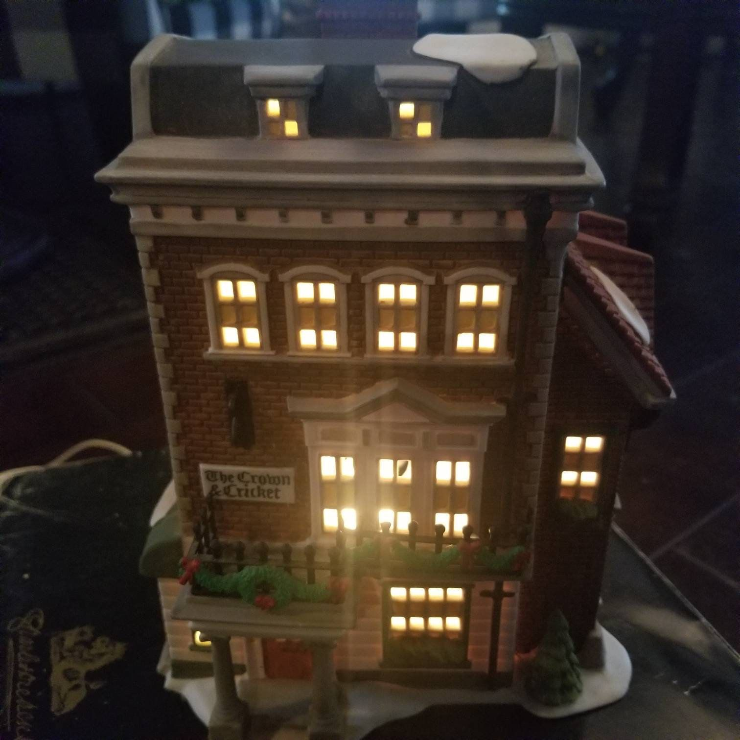 Crown And Cricket Inn Dept 56 Retired Box 57509 Department Dickens Village Mint Dickens Village Dept 56 Dickens
