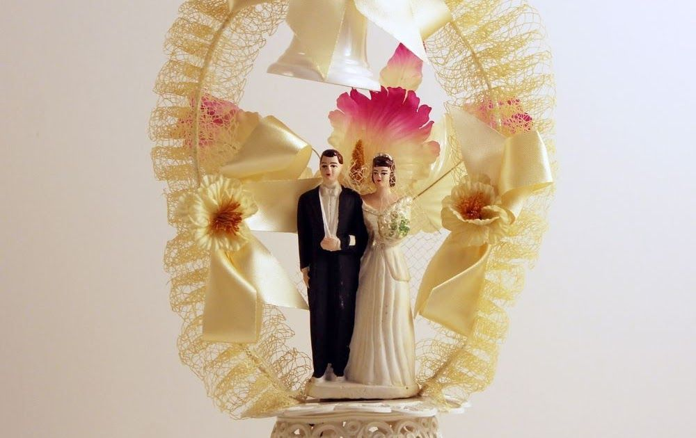 Vintage 1950\'s / 1960\'s Wedding Cake Topper Bride and Groom ...
