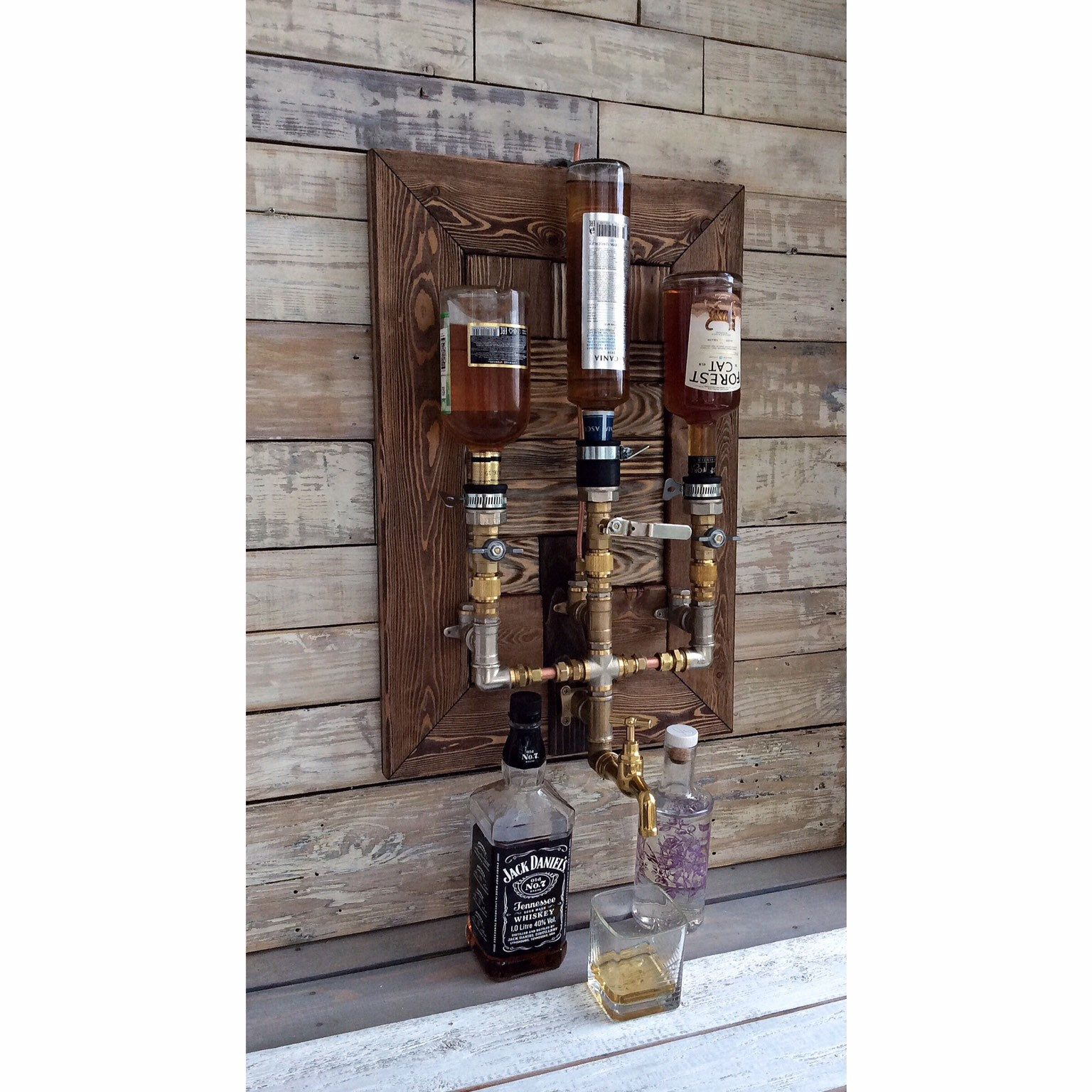 Photo of Alkohol Alkohol Whisky Holz & Messing Spender, Whisky Spender, Whisky Dekanter, Spender, Jack Daniels