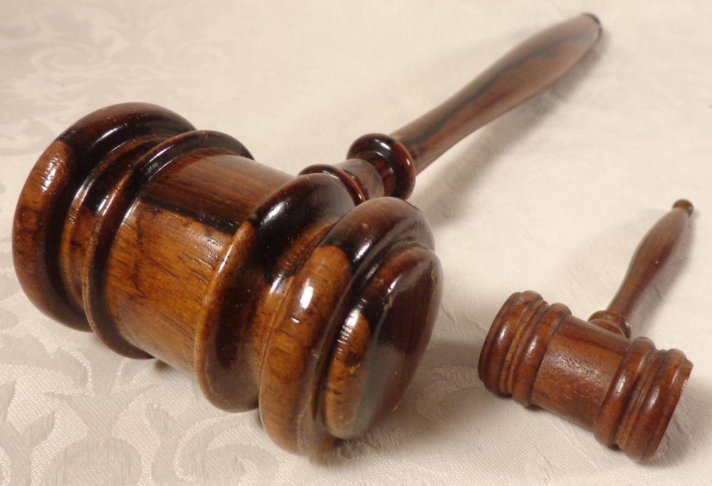 """Vintage Judge's Gavel Lot Tiger Maple Turned Wood Miniature & 10"""" Auctioneer"""