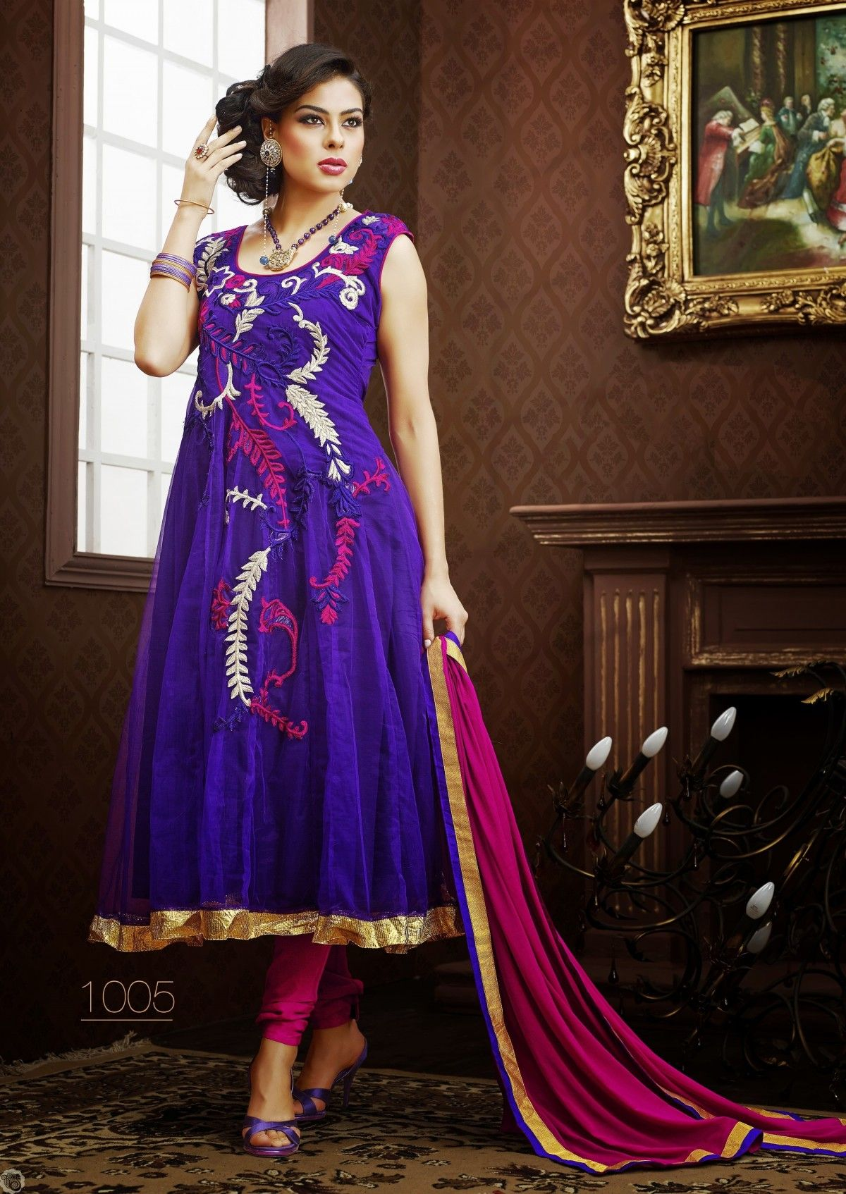 Online shop for ladies garments, including sarees, chudidhars, dress ...