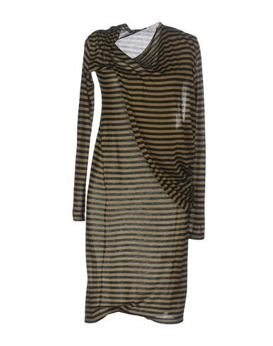 INTROPIA Knee-length dress. #intropia #cloth #
