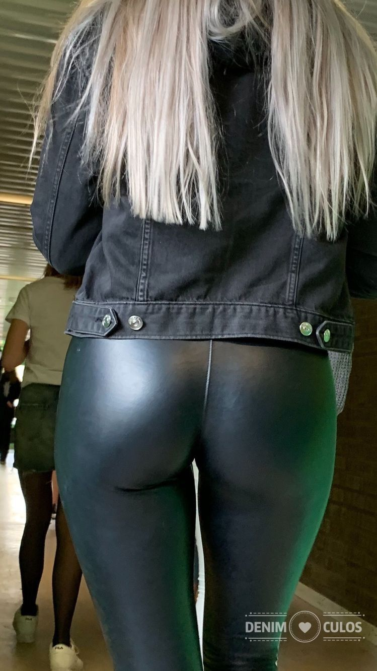 10 Culos pin on tight leather pants