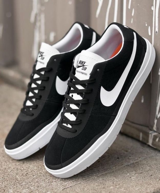 best website f9659 22ff4 Nike SB Bruin Hyperfeel  Black White
