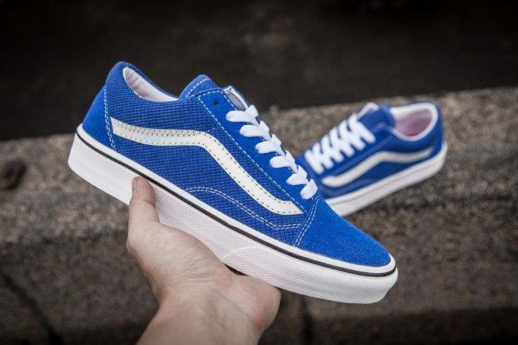 78f09a09bb Summer New Vans Supreme x VANS oldskool   amp  quot  lridescent   quot   Series Royal Blue Model  T04 Code Number 35-4412  Vans