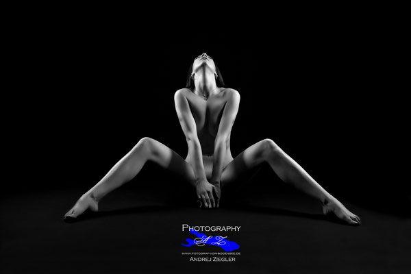 touching extreme Ebenholz Sex thats why