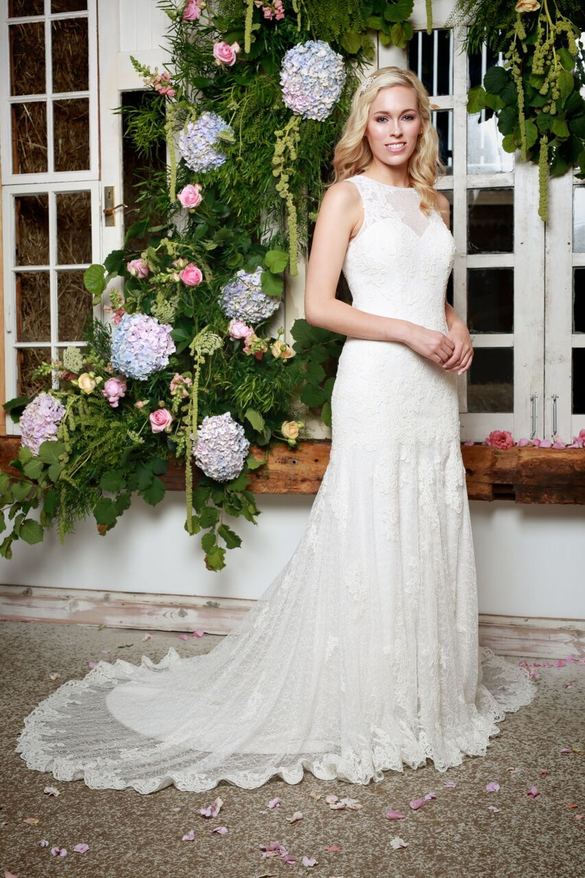 Sadie vintage style cotton lace fitted sexy wedding