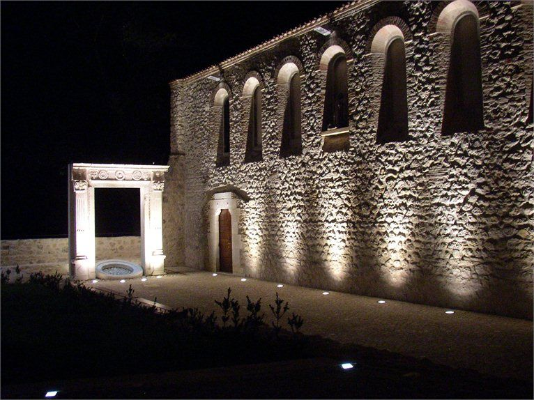 Recupero area archeologica - ex chiesa di sant'Antonio abate - Isola del Gran Sasso, Italia - 2008