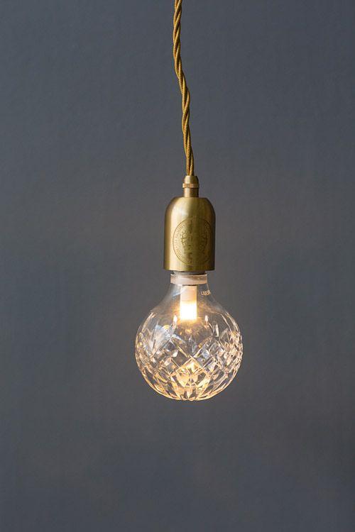 Lee Broom Crystal Bulb Tischleuchte Klar Lee Broom Broom Bulb Crystal Klar Lee Tischleuchte In 2020 Lee Broom Bulb Diy Table Lamp