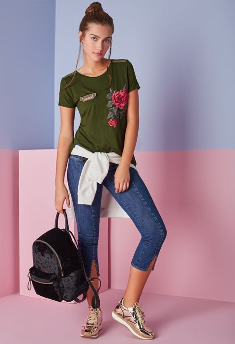 Ropa Jeans Y Accesorios De Moda Para Mujer Ela Moda Ropa Moda Femenina