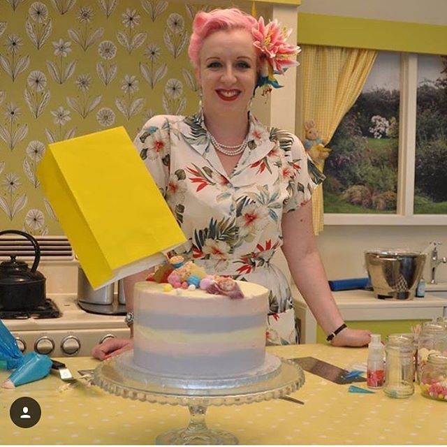 #repsost Of Beautiful @restorationcake Wearing The New @rock_n_romance #hawiian #blouse @goodwoodrevival In The #kenwood #kitchen  www.RocknRomance.co.uk💋  #vintagegal #beautiful #rocknromance💋 #hawaiian #vintageblouse #bowlingshirt #tropical #1940s #1950s #vintage #vintagefashion #vintagestyle #lookatthatcake #goodwoodrevival #retro