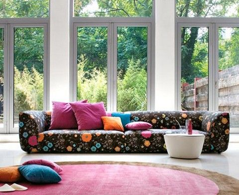 black and bright floral sofa Sofa infatuation! Pinterest