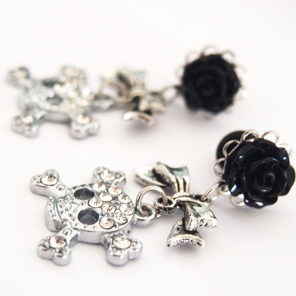 Glamsquared — Deadly Bling Dangly Steel Plugs