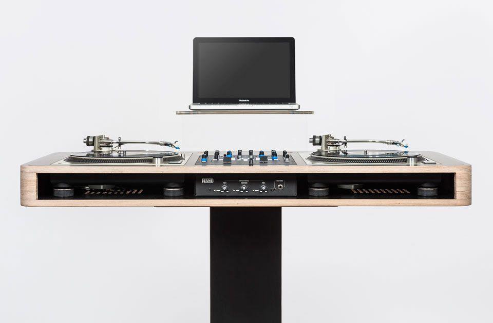 stereo t dj setup and furniture pinterest meuble dj rangement et idee rangement. Black Bedroom Furniture Sets. Home Design Ideas