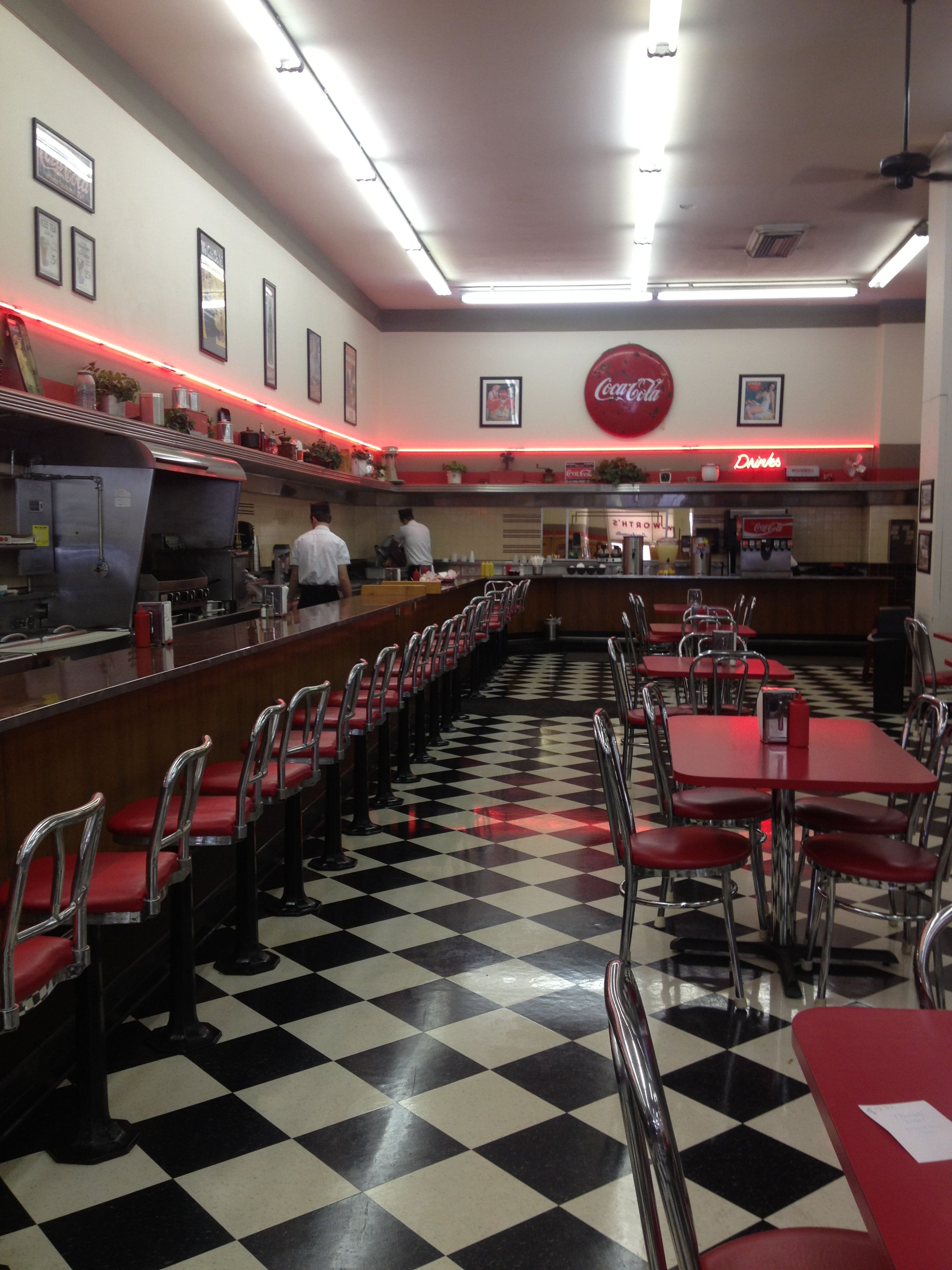 Woolworth\'s diner in Bakersfield... Perfect 50s diner for engagement ...