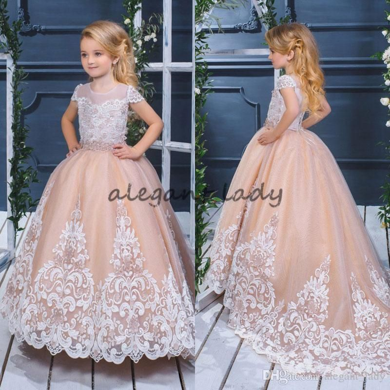 Pretty Ball Gown Flower Girls Dresses For Weddings 2018 Lace Appliqued Puffy  Skirts Communion Dress Short f92dda2b8513
