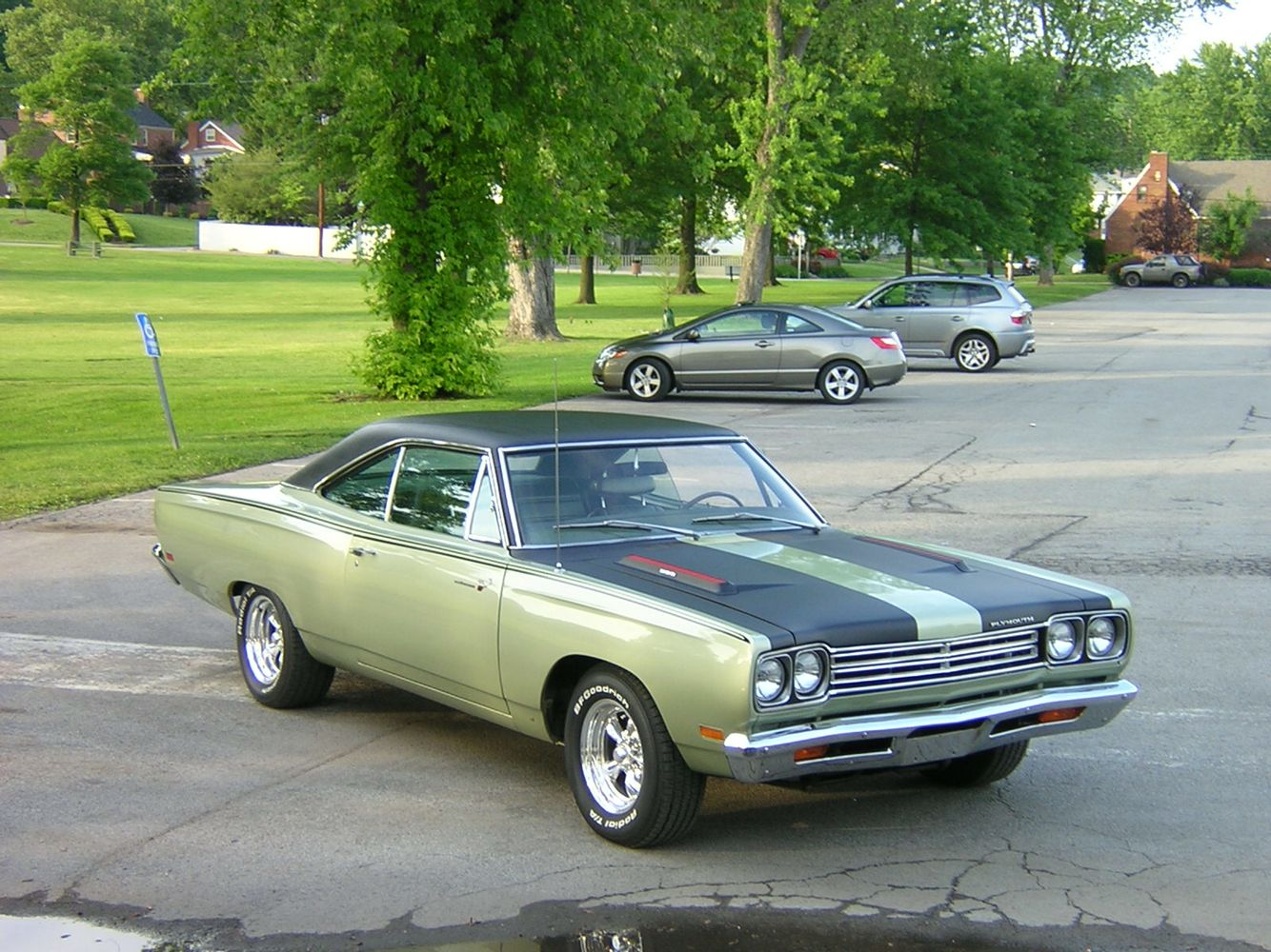 69 roadrunner f3 frost green roadrunner pinterest mopar and plymouth