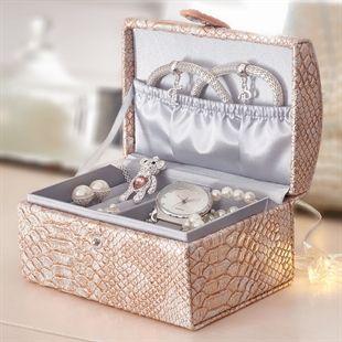 Snake Jewellery Box AvonHome Pinterest Snake jewelry and Avon