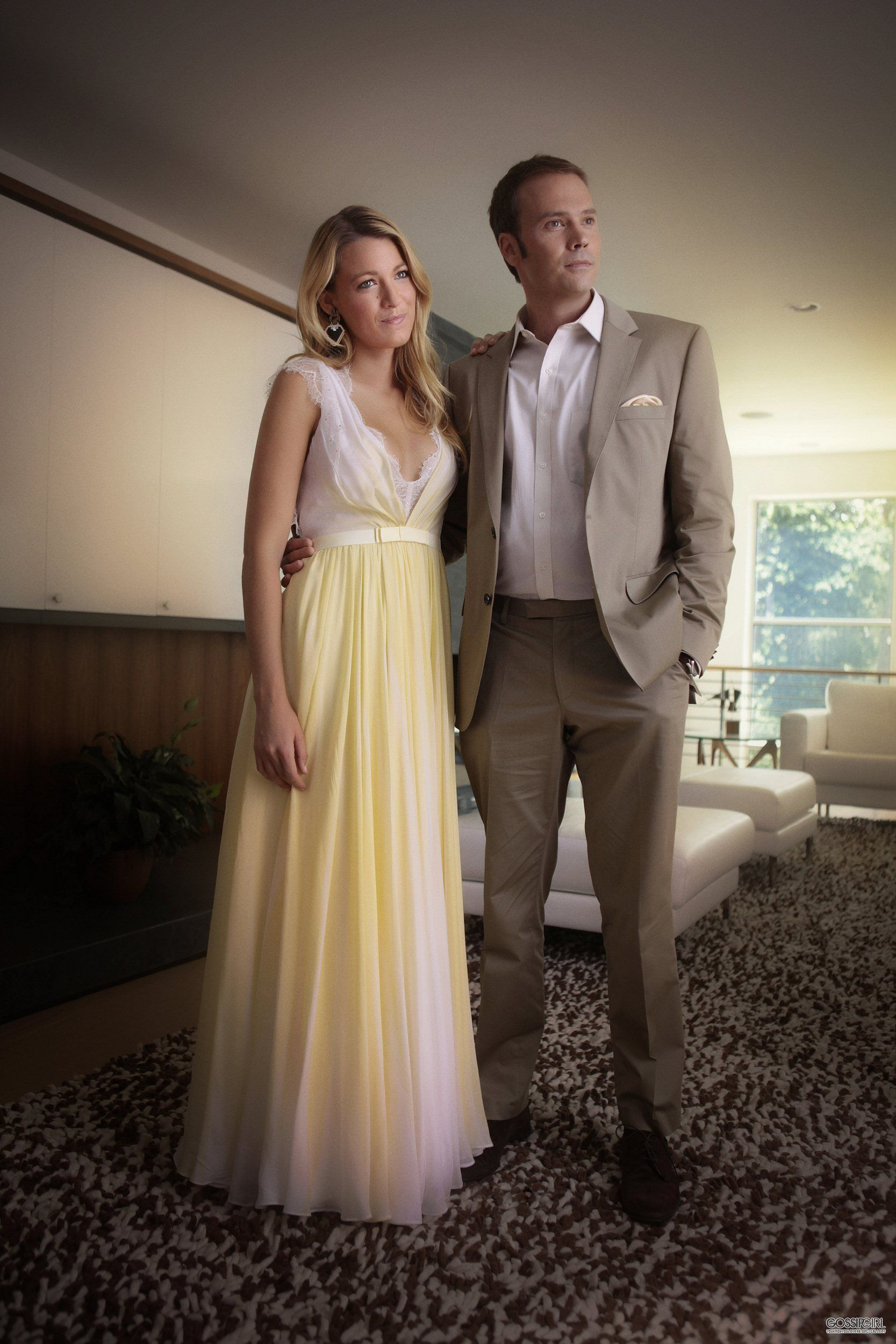 Serena's yellow gown on Gossip Girl season 6