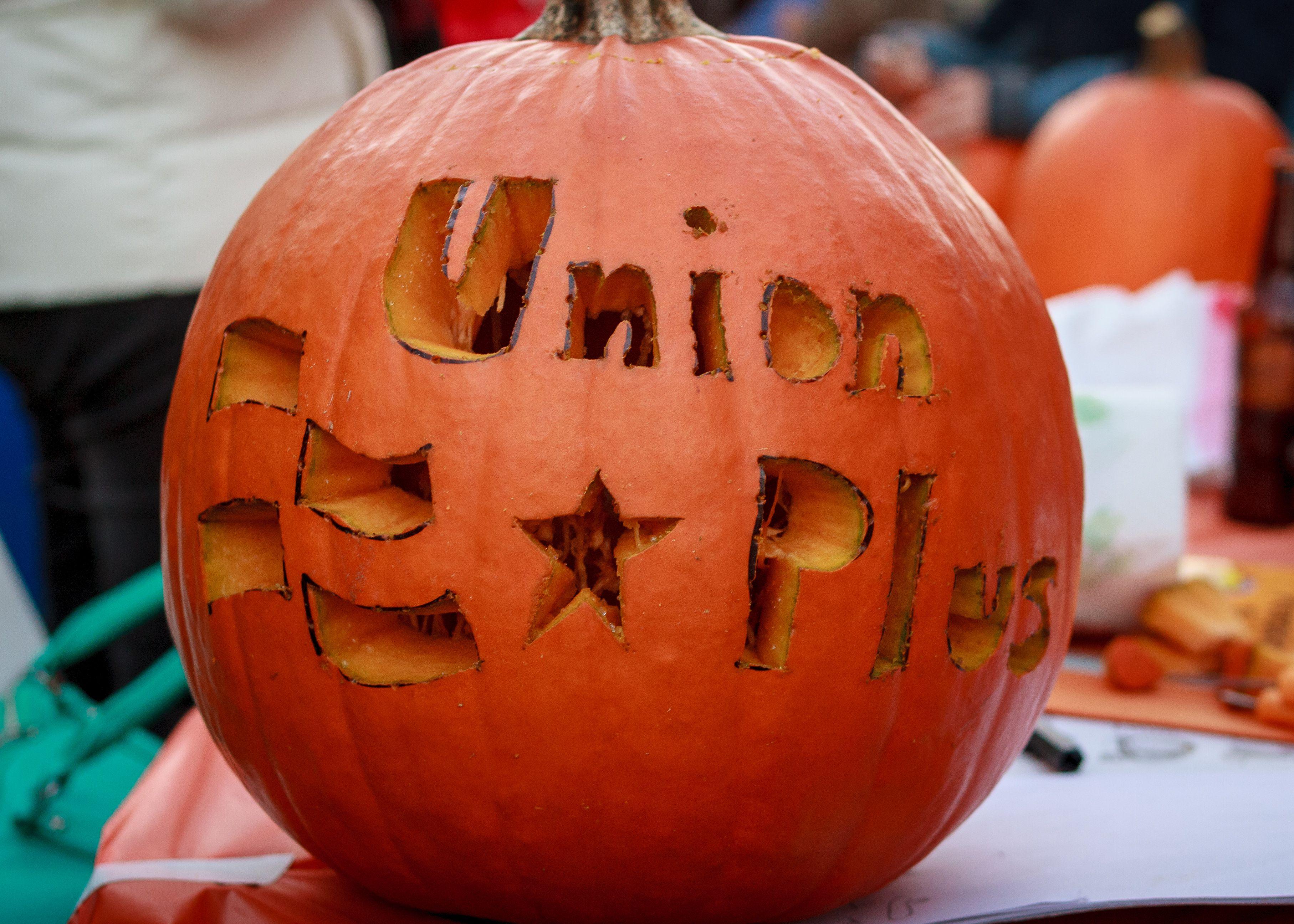 Union plus pumpkin carving fun pumpkin carving