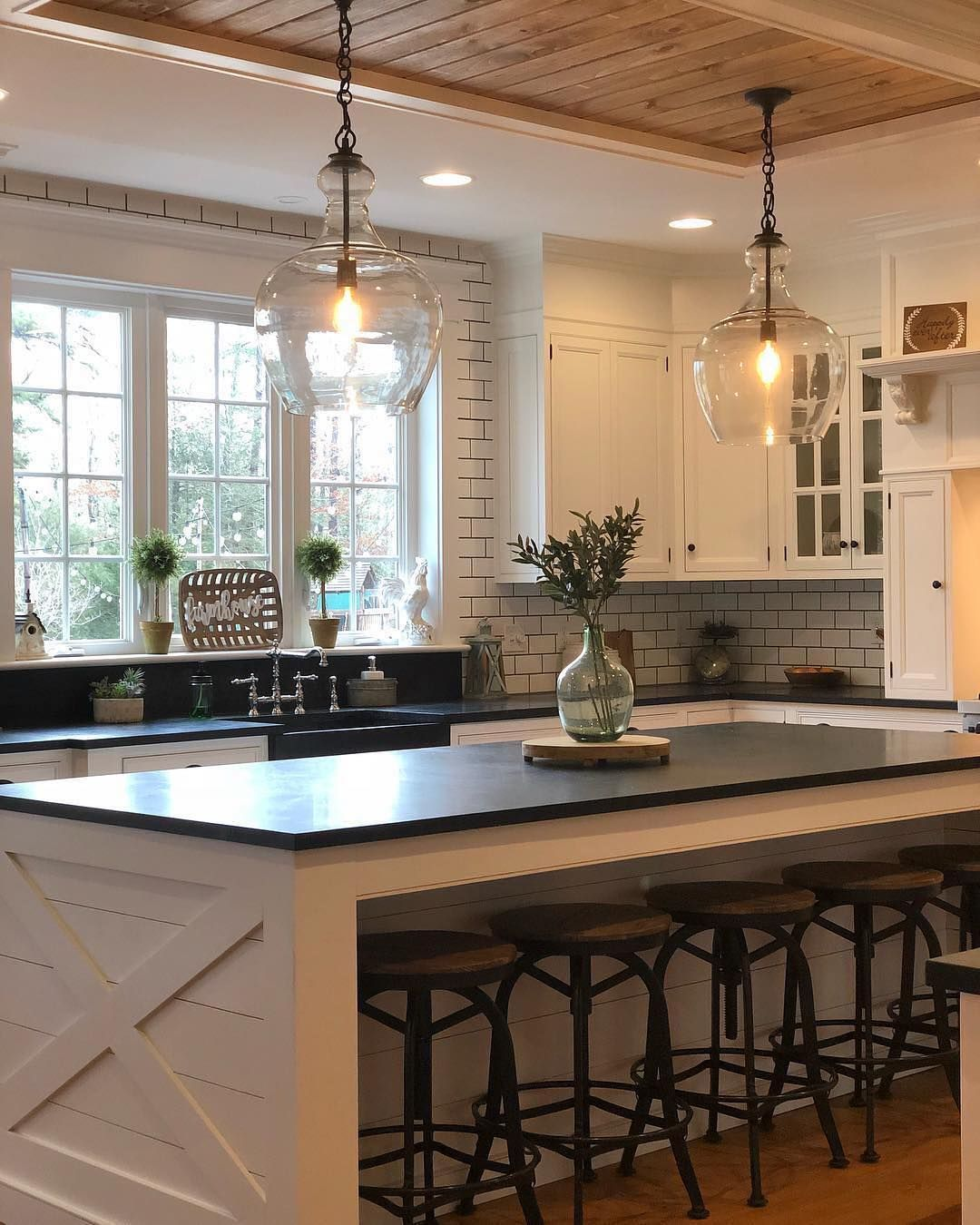 Farmhouse Fanatics On Instagram Let Us Know Your Thoughts On This Farmhousekitchen Modern Farmhouse Kitchens Home Decor Kitchen Eclectic Farmhouse