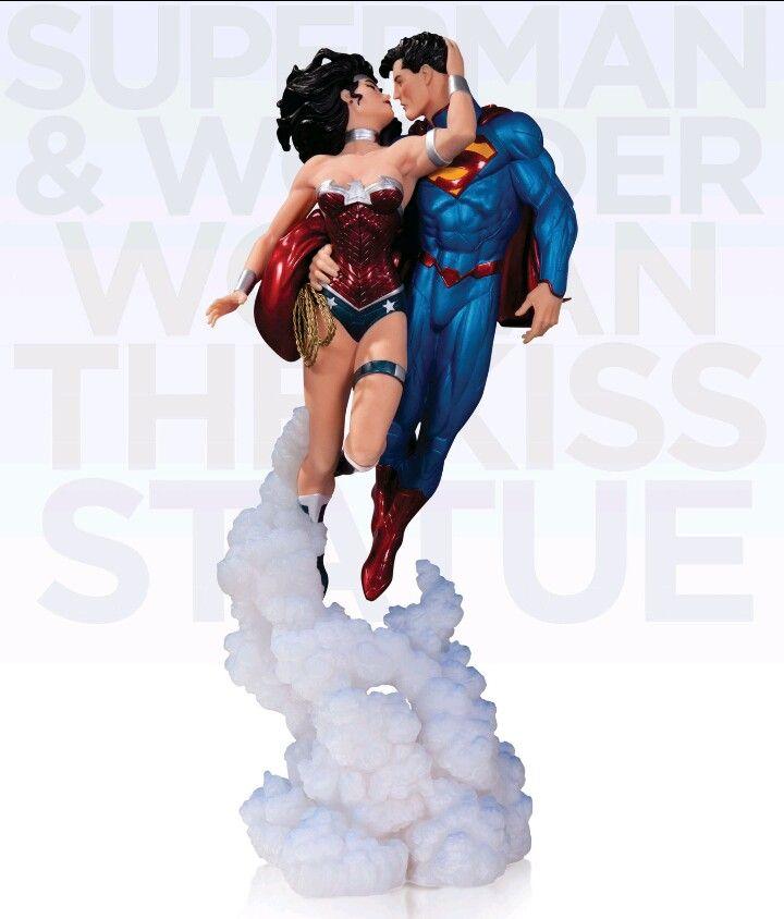 THE KISS: Kal-El & Diana