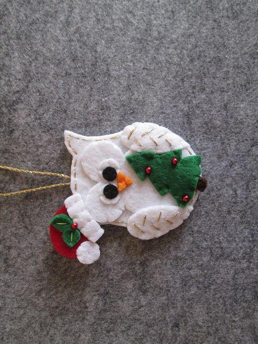 Ornamento con Gufo Natalizio in feltro - Decoro per Albero di Natale - Creazione fatta a mano - Regalo di Natale - Gufo di feltro di TinyFeltHeart su Etsy