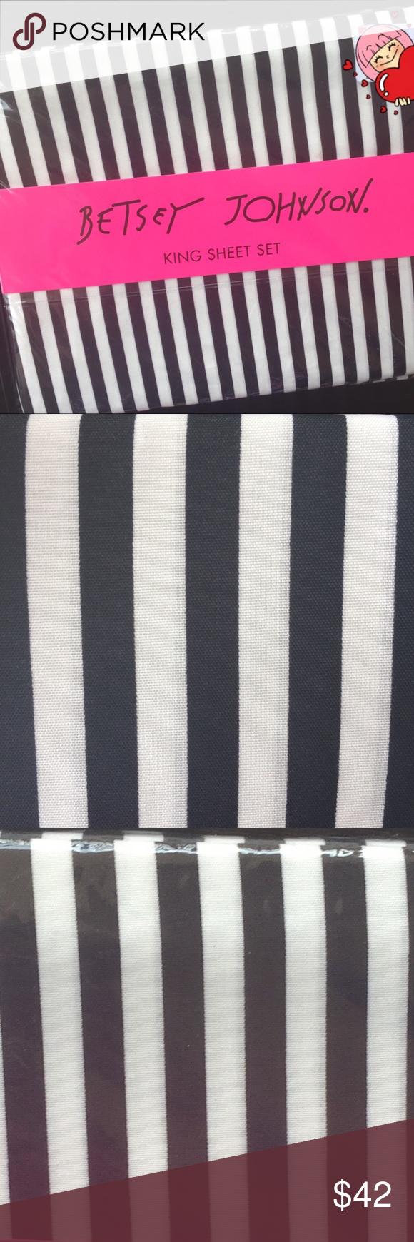 Betsey Johnson Black White Stripe King Sheet Set Nwt Betsey Johnson Black White Stripe King 4 Piece Sheet Set White And Bol It Feels Like Home Black