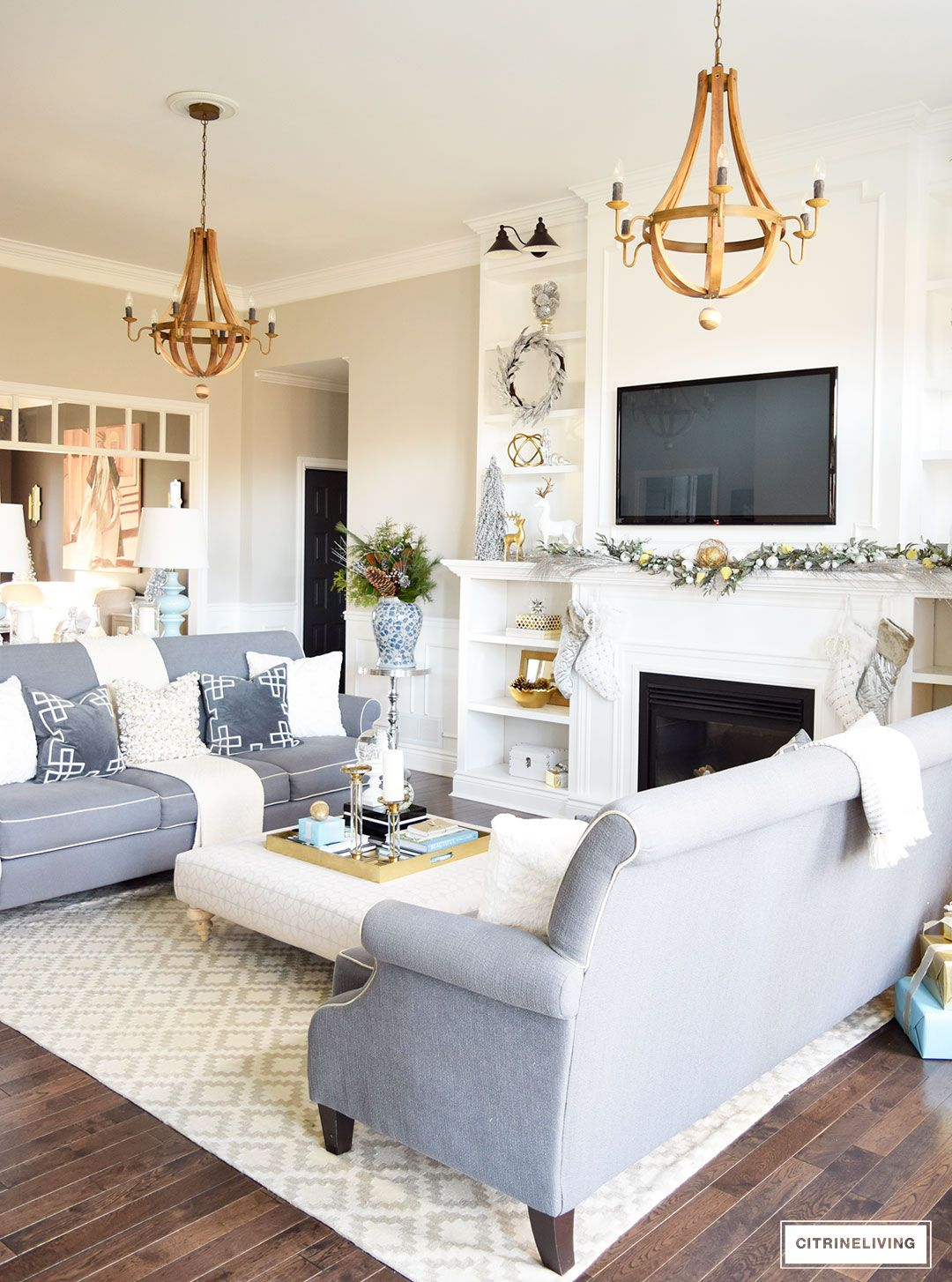 HOLIDAY HOME SHOWCASE 2016 | Holiday themes, Living rooms and Holidays