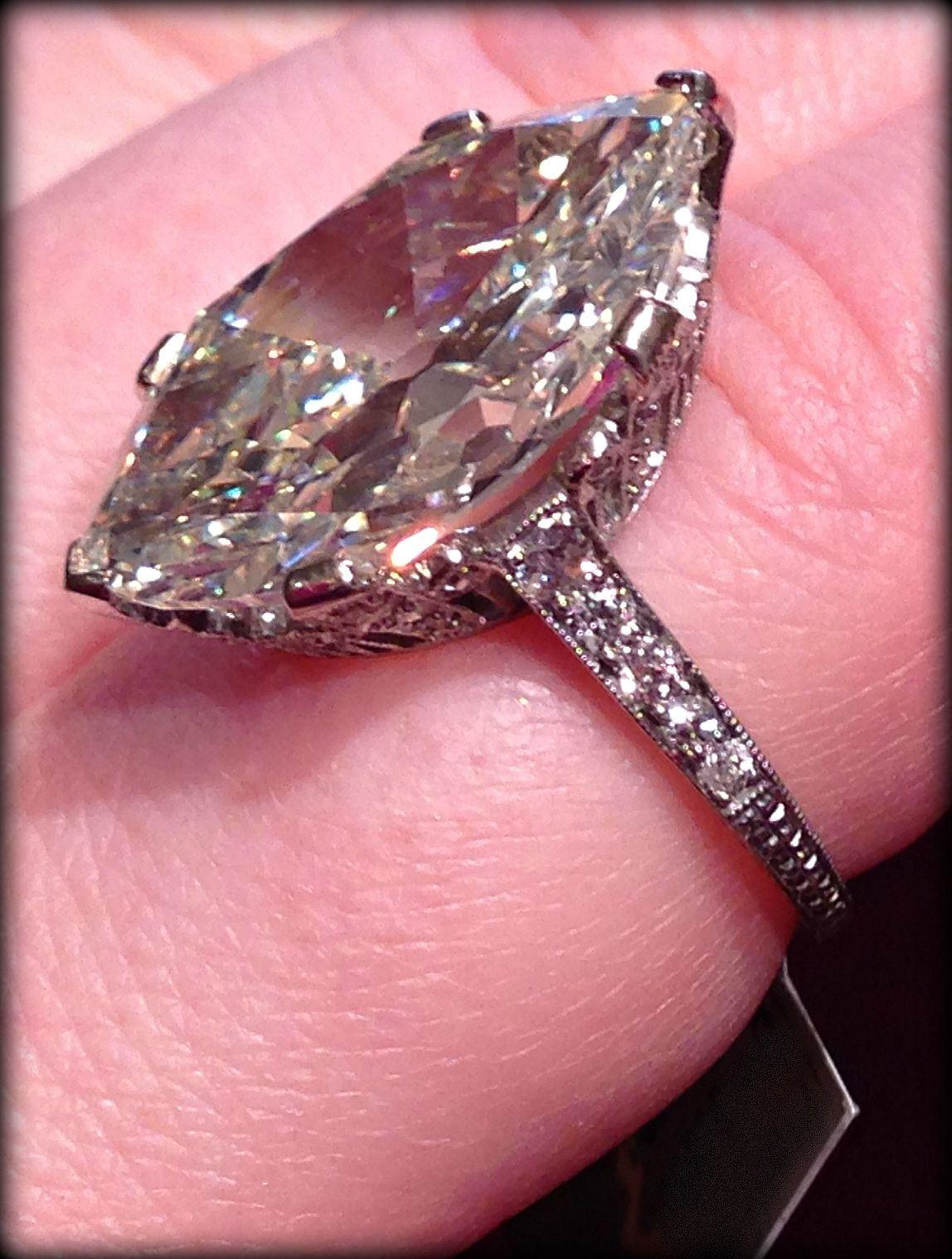 Ode to a moval diamond ring: Lang Antiques\' 9.55 carat beauty ...