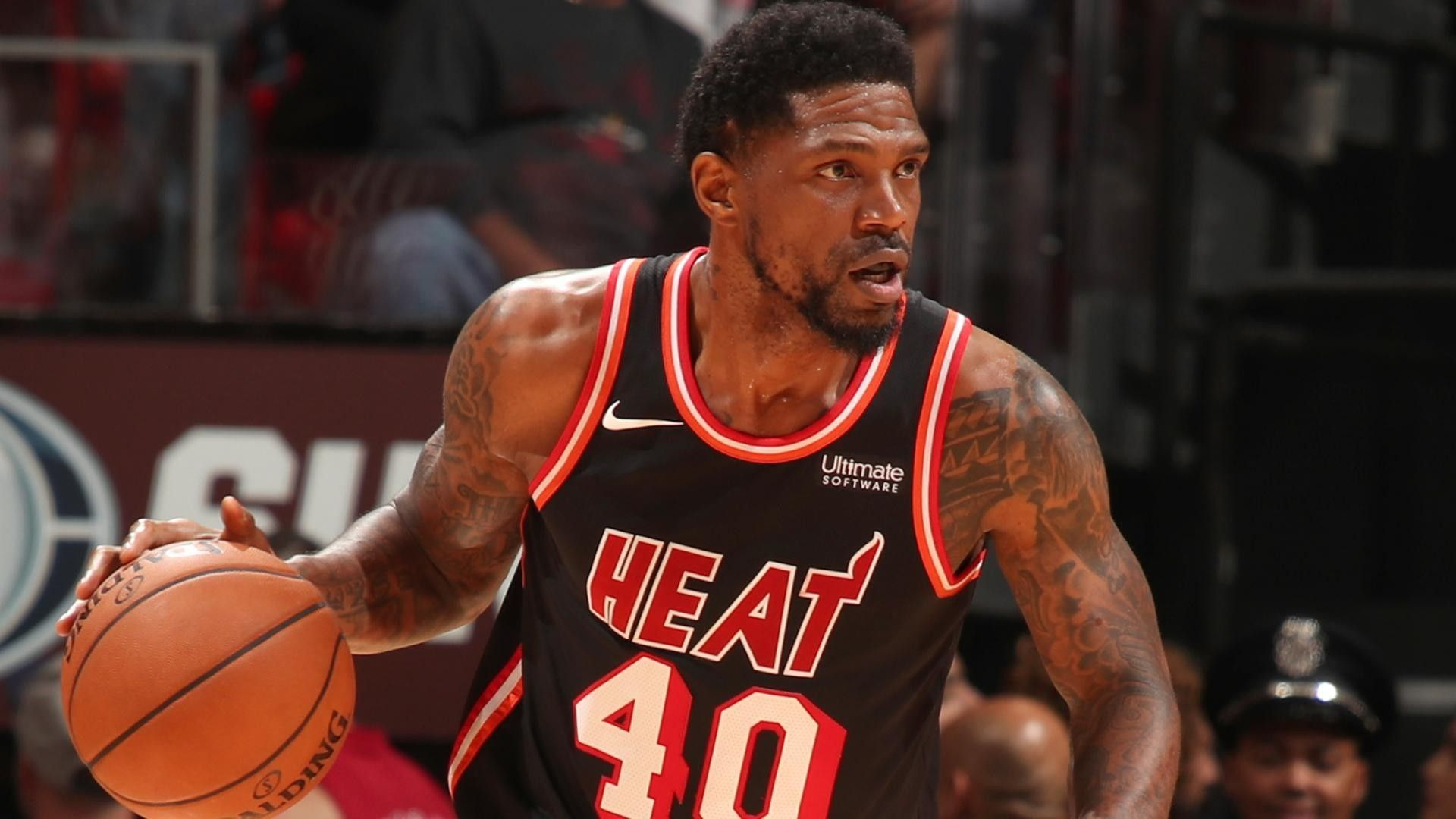 The Miami Heat And Udonis Haslem Agree To A New Contract Nba News National Basketball Association Basketball Association
