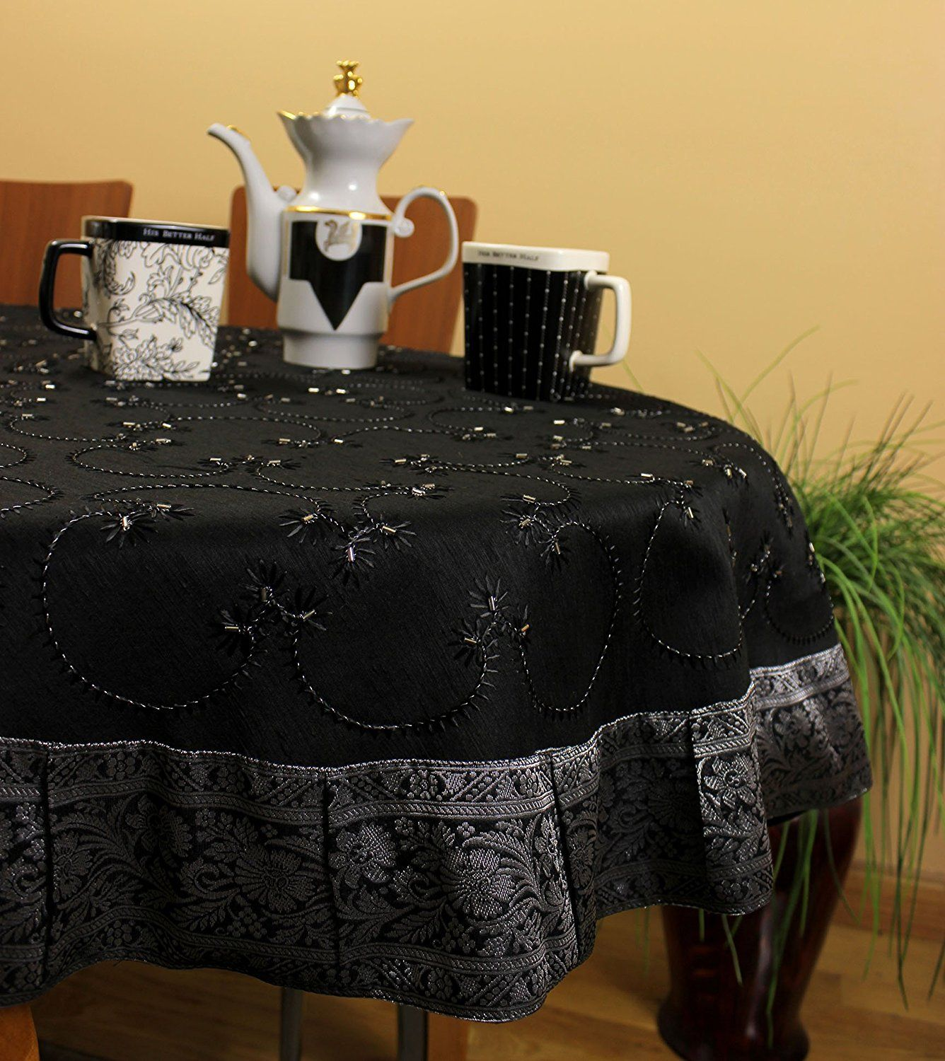 Halloween tablecloths - The Best Halloween Tablecloth Ever