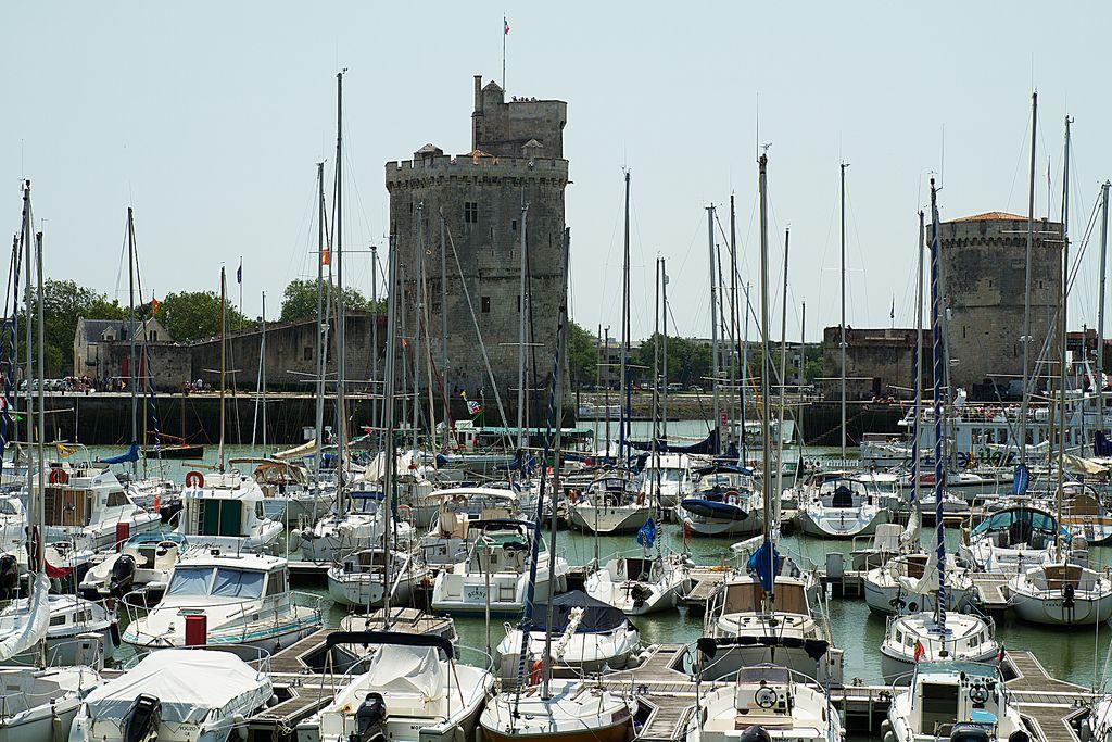 France, La Rochelle Port Plaisance et vue sur les Fortifications | Flickr – Compartilhamento de fotos!