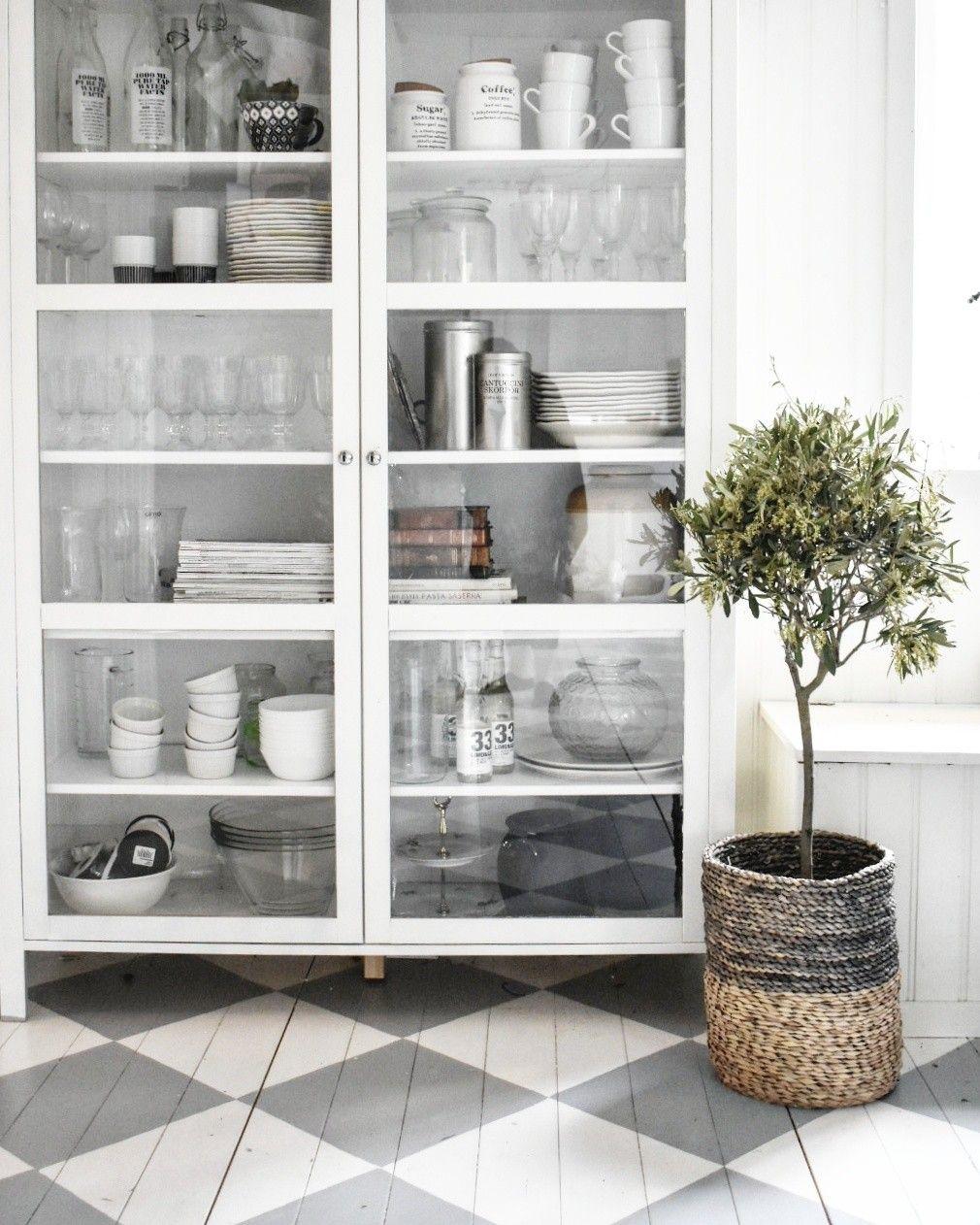 Ikea björksnäs @tessjohansen vitrinskåp.. | Kitchen Interior Ideas ...
