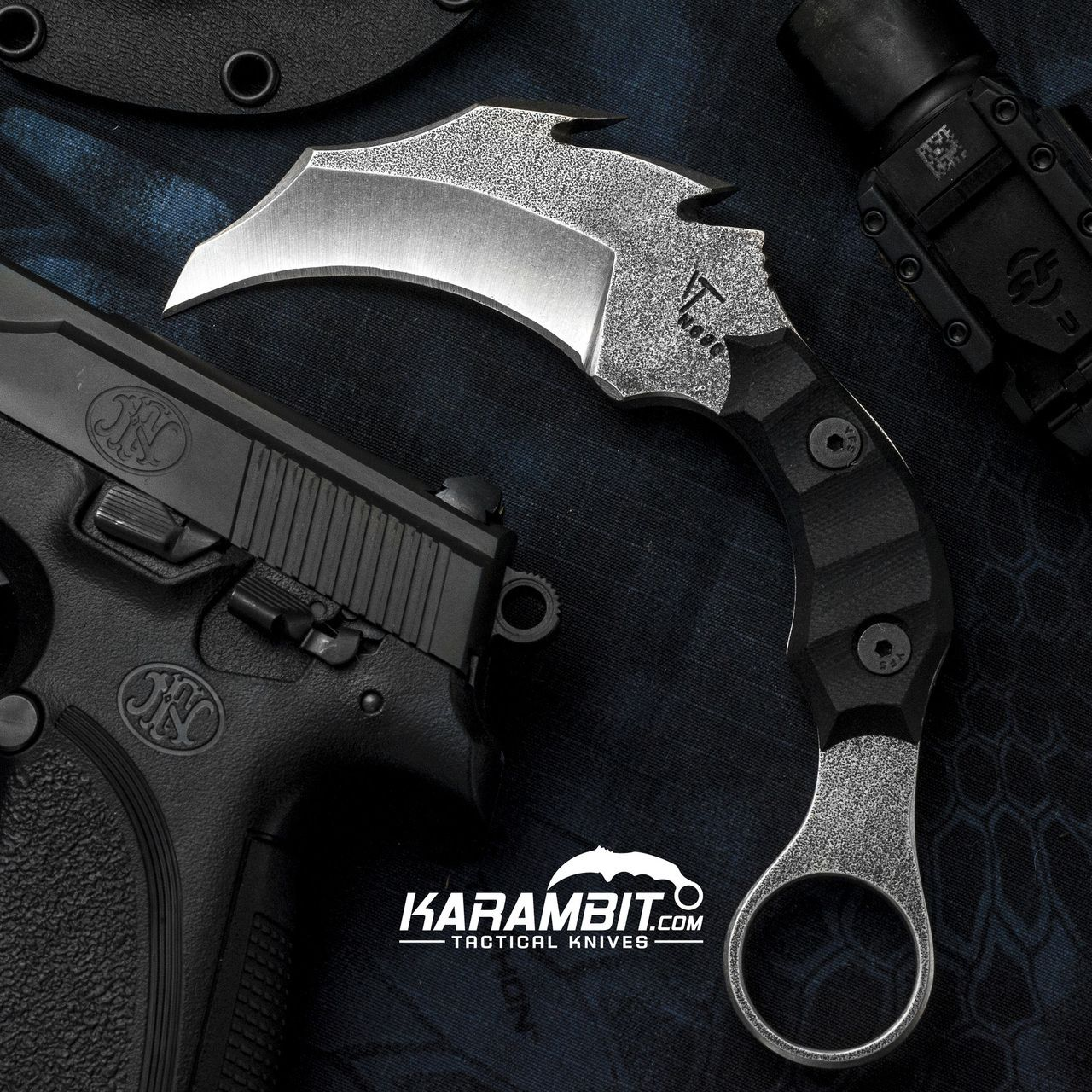James Coogler's Dragon Karambit - Karambit.com | KNIVES AND SWORDS | Pinterest | Dragon and ...