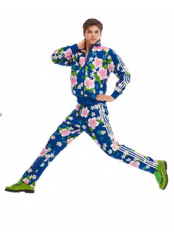 Adidas Men s Track Suit   Jeremy Scott - Need this right now ... 8a5166331